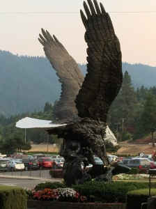Big Ass Eagle in front of Seven Feathers Casino...Canyonville, Ore